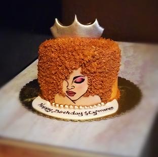 DIva Cake Honey Blonde with gold backgro