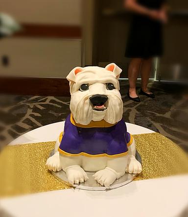 Bulldog Themed Cake 1 - Copy.png