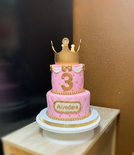 Princess Themed pink w. Crown 1.png