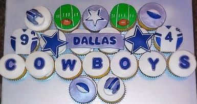 Dallas Cowboys Themed Cupcakes