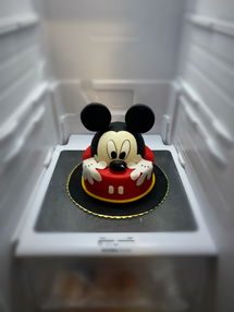 Mickey Mouse Peek a boo.png
