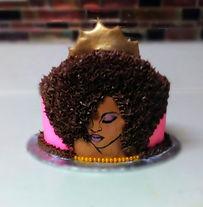 Diva Cake Single Tier w/gold fondant crown