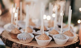 Gold and silver sugar cake pops