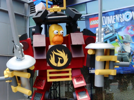 Lego Dimensions Mash up totem pole at Comic Con