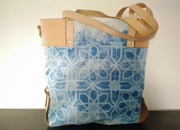 Shoulder Bag with Corners