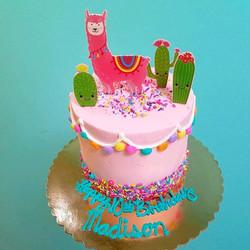 Llama cactus cake