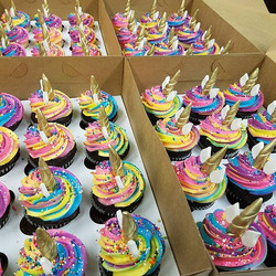 🦄🌈 Unicorn cupcakes #love