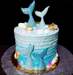 Blue mermaid cake