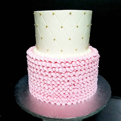 Diamond & ruffled buttercream