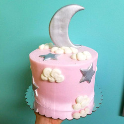 Silver moon and stars cake