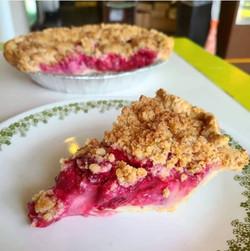 Dutch Raspberry Sour Cream Pie