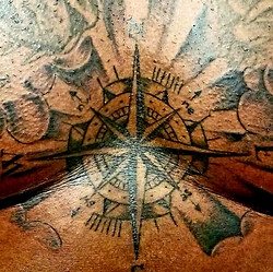 Compass Tattoo on Sterum Tattoo Designs