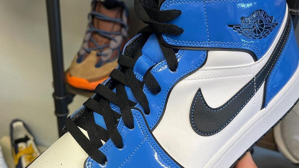 Jordan 1 Mid  Signal Blue Size 13