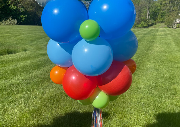 Graduation Balloon Delivery to Connecticuit.