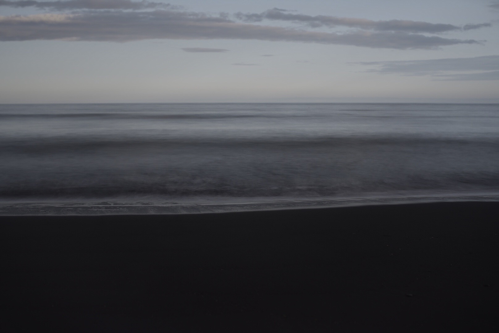 Long exposure at Vik beach