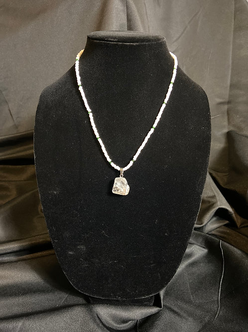 PERL GIRL NECKLACE