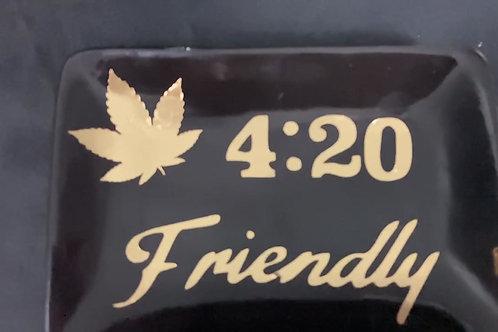 Black 420 Friendly ash tray