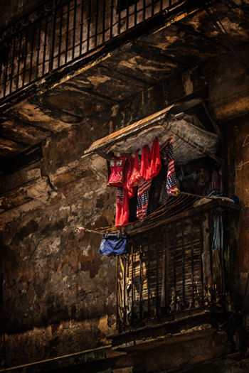 AMerican laundry hangig on a balcony i Havana, Cuba
