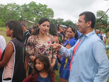 Prefeito Isaac Piyãko Prestigia e Participa de Eventos Para as Crianças no Interior do Município