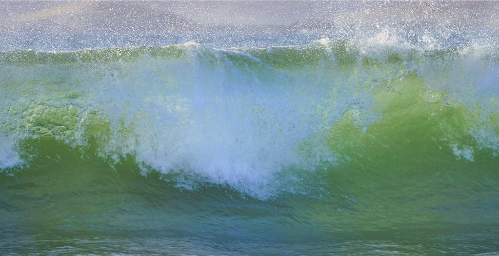 Luskentyre spring waves