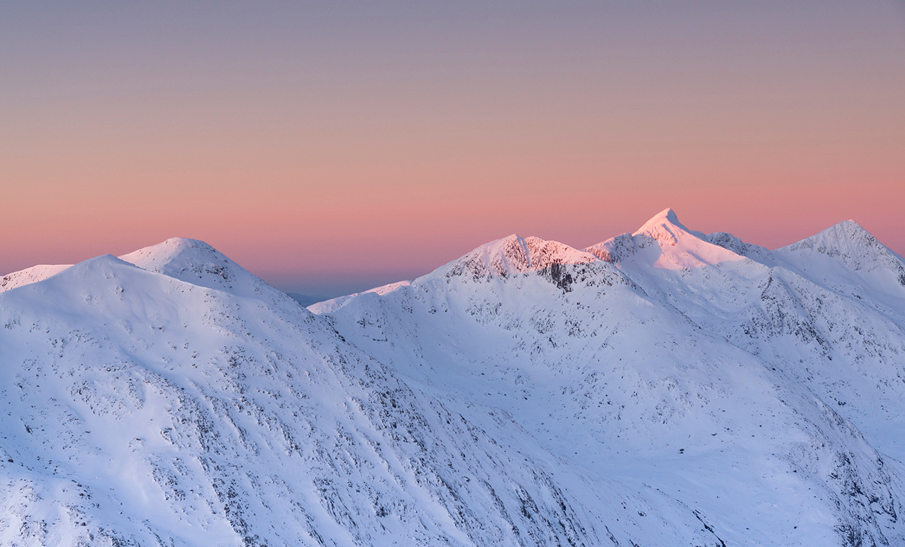 The Cruachan ridge winter light