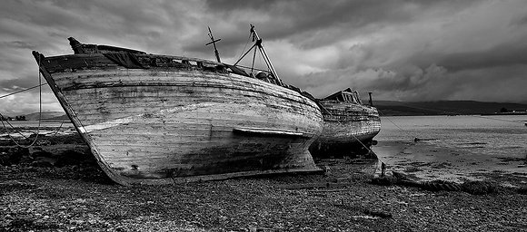 Decaying boats Mull B&W