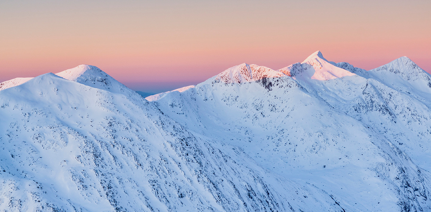 Sunrise over the Cruchan ridge