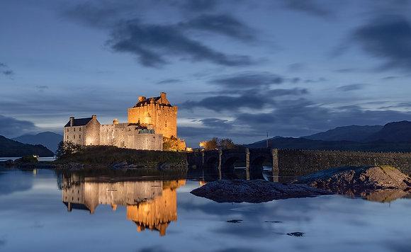 Eilean Donan Castle night