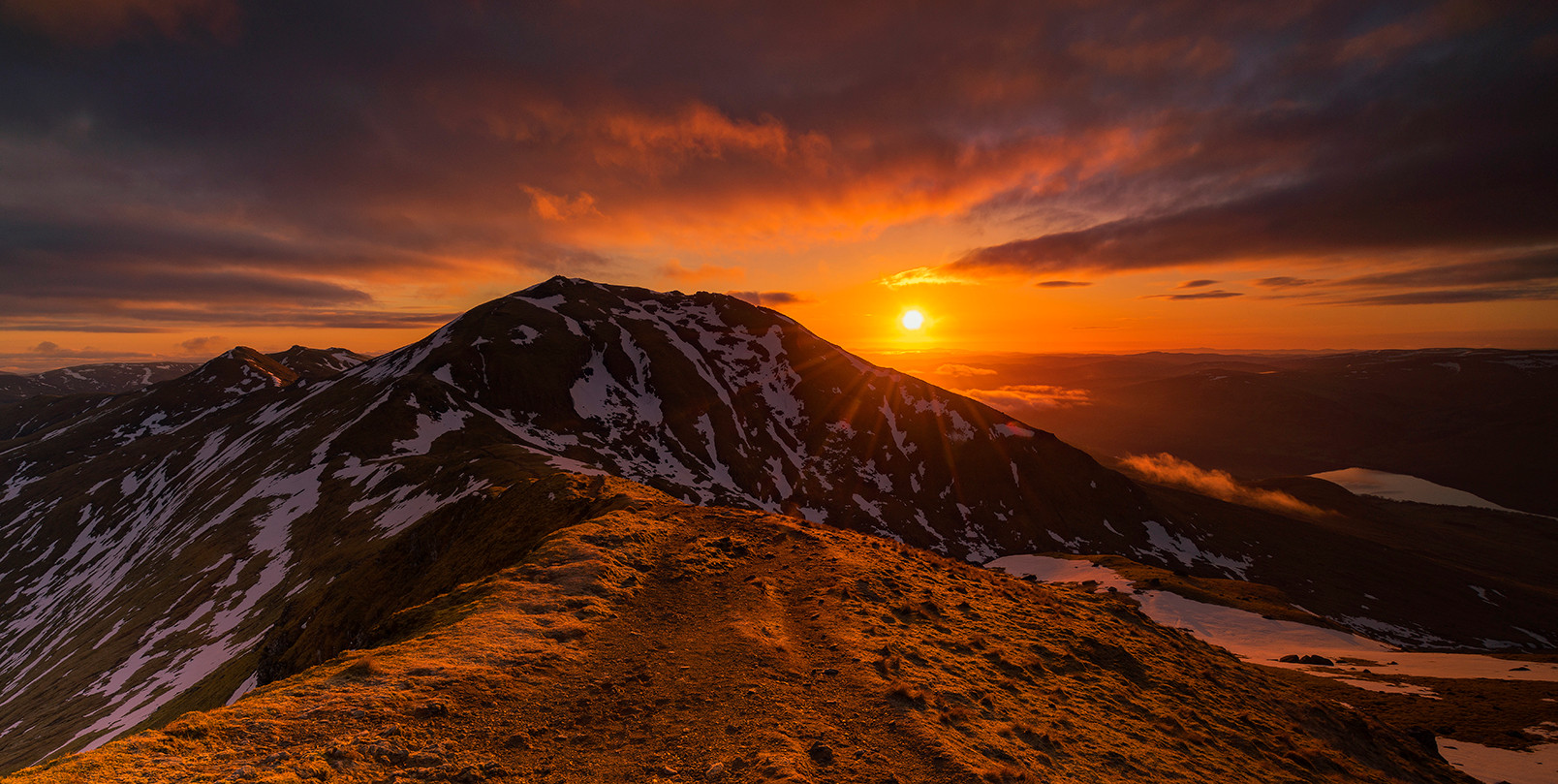 Spring sunrise over Ben Lawers 2