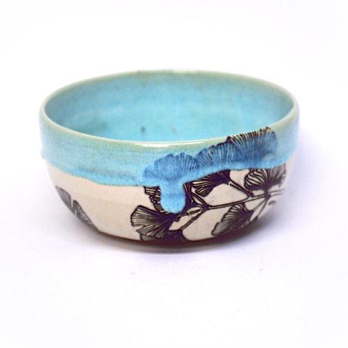 Blue gingko leaves bowl