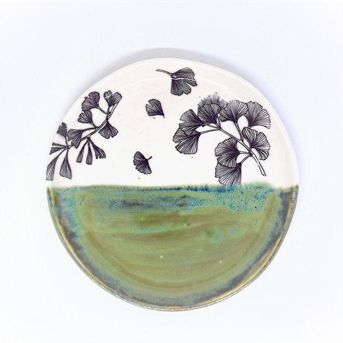 Ginkgo leaves plate