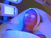 OMNILUX PHOTOTHERAPY
