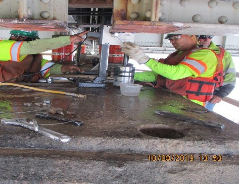 Drilling Core at Pier 12, Noth Bridge.
