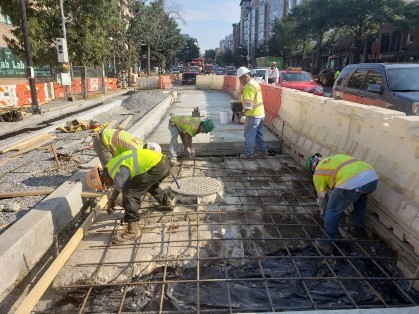 FMCC forming & install re-bar around PEPCO manhole vault for bus lane at 14th & U