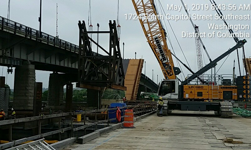 Falsework Installation for V-Pier 1