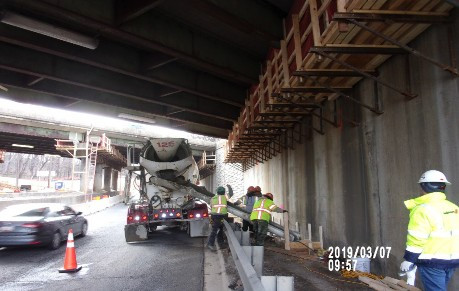 Placing concrete Bridge 1017 Abutment B Superstructure Jacking Foundation