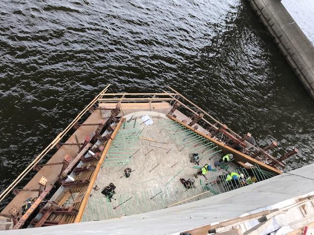 V-Pier 2 - Install contour rebar