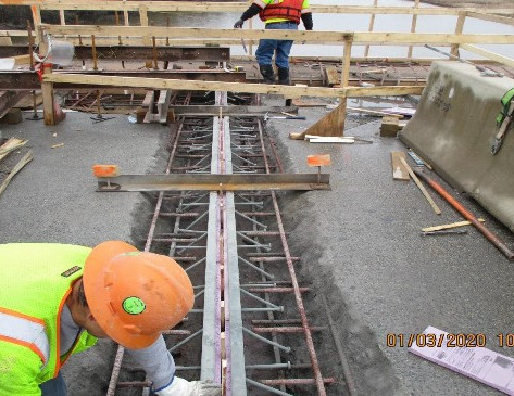 Installing Armored Joints at Pier 10, North Bridge.