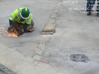Cutting metal bracket from bridge 1016 modular unit 7-1