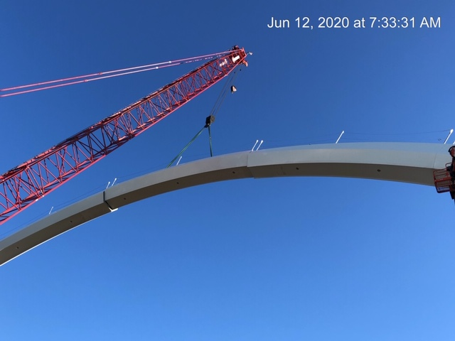 Install of East arch final segment