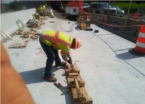 UHPC Formwork removal for Modular Unit (1-1, 1-2, 2- 1, 2-2) on AFW Bridge # 1017 over I-295 SB