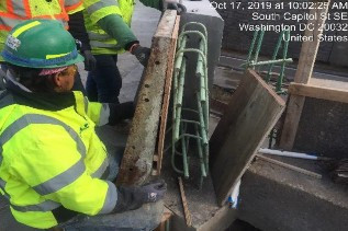 Installing forms for PCC concrete barrier top