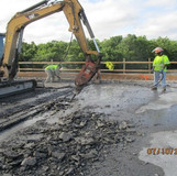 Reconstructing Strip Seal Joint, South Bridge.