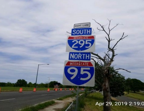 Installed Traffic Signs at Sta. 899+00+/-,50ft Rt EB