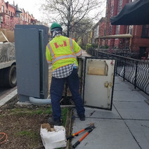 FMCC splicing cable at traffic cabinet