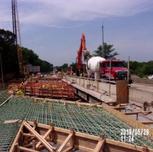 Placing concrete in Bridge B1016 Pier cap extension