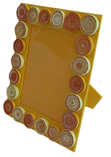 Qilled frame yellow upright.png