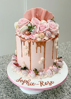 pink and rose gold flowers drip cake cho