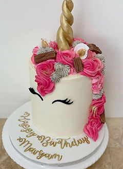 Unicorn Cake Pink with Flakes.jpg