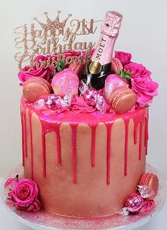 Glamorous Pink Rose Gold Drip Cake 2.jpg